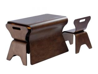 otto-table-and-chairs