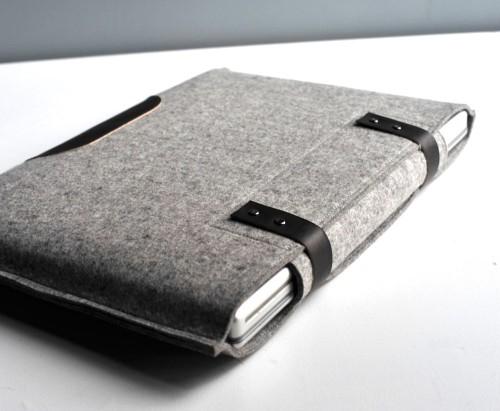 gray laptop wool sleeve